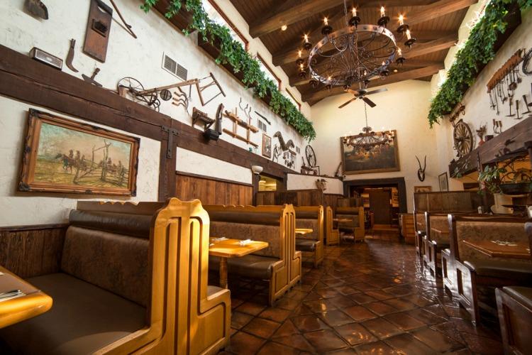 Harris Ranch in Coalinga Four Restaurants in One