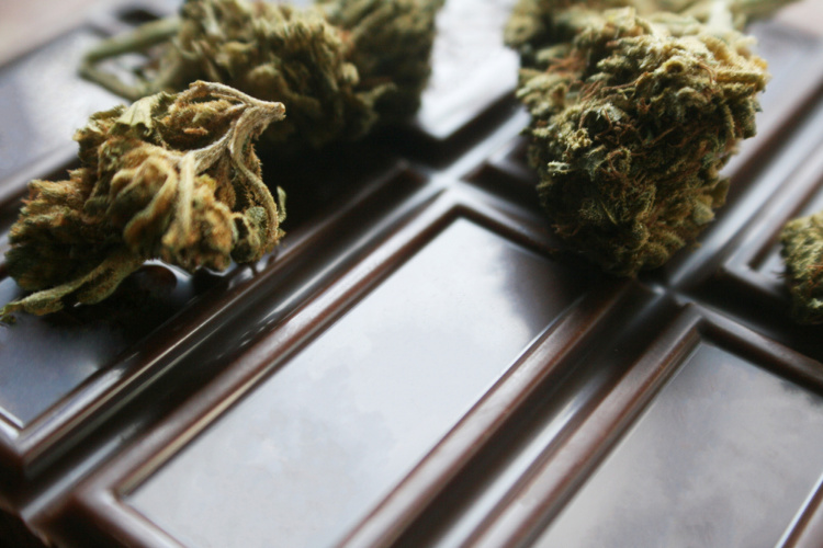 Cannabis Chocolate 1